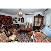 Casa cu Masti - Sala 1- Bundite 01.jpg