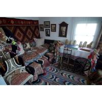 Casa cu Masti - Sala 1- Bundite 02.jpg