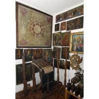 Casa colectiilor - Sala 5 - Obiecte religioase 02.jpg