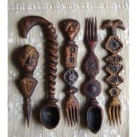 Neculai Popa - Sculpturain lemn - Obiecte utiliare 05.jpg