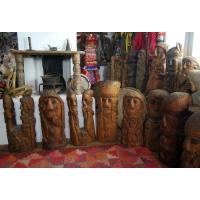 Neculai Popa - Sculptura lemn - Personaje 01.jpg