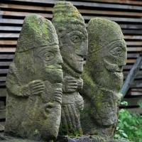 Neculai Popa - Sculptura piatra - Curte 05.jpg