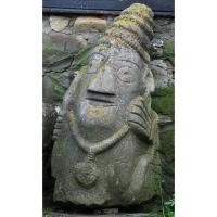 Neculai Popa - Sculptura piatra - Curte 07.jpg