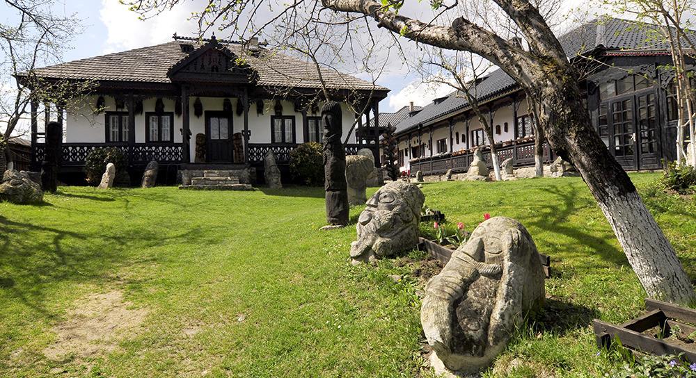 Muzeul Popa - Tarpesti - Neamt